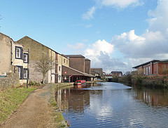 Leeds & Liverpool Canal, Blackburn by Tim Green aka atoach
