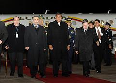 PRESIDENTE RAFAEL CORREA ARRIBA A PARAGUAY by Presidencia de la República del Ecuador