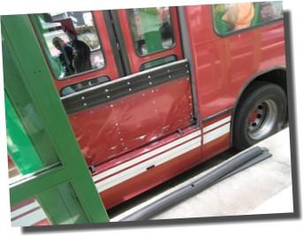 キトのバス