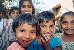 India  Children  :  leaving school  Nimaj (Rajasthan) by Vincent Desjardins