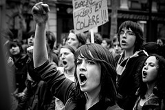 フランスの高校生のデモ