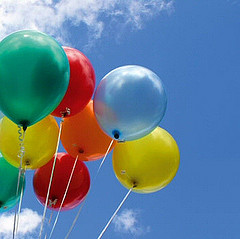 Balloons by Visit Finland