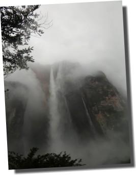 アンヘルの滝