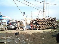 2011東北地方太平洋地震@仙台新港付近 by Yuichiro Haga